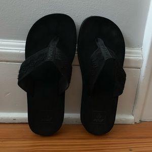 7d35656ad8d8 Reef women s flip flops